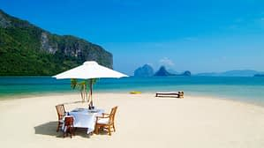 romantic lunch table in the lonely beach HD wallpaper