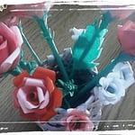 Cosulet cu trandafiri din hârtie