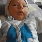 Activitati cu bebelusul la doua luni