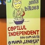 """Cum să fii o mamă """"leneșă"""" – de Anna Bîcova"""